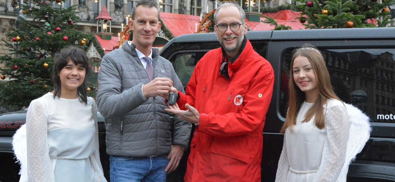 Übergabe Engelauto für die Mobile Spendensammlung für Hörer helfen Kindern