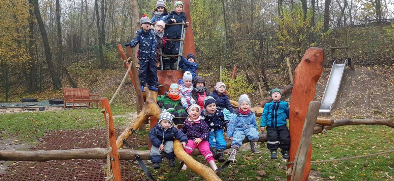 Introbild Klettergerüst finanziert durch Hörer helfen Kindern für die Kita Krümelhaus