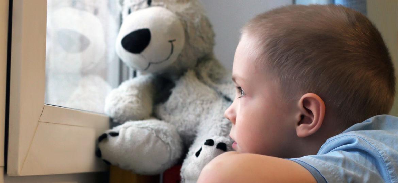 Introbild Hilfe für notleidende Familien in der Coronakrise durch Hörer helfen Kindern