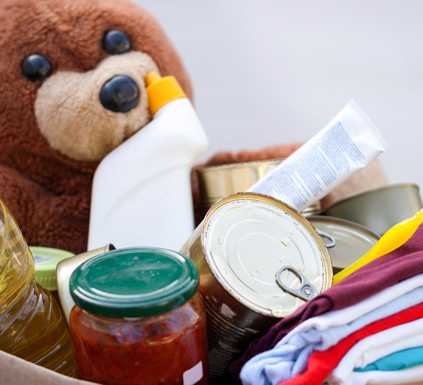 Von-Menschen-für-Menschen-Lebensmittelspenden