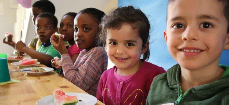 Introbild Kinderteller Neuwiedenthal erhält Spende von Hörer helfen Kindern